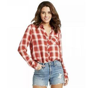 UNIVERSAL THREAD plaid shirt. Red. Size medium